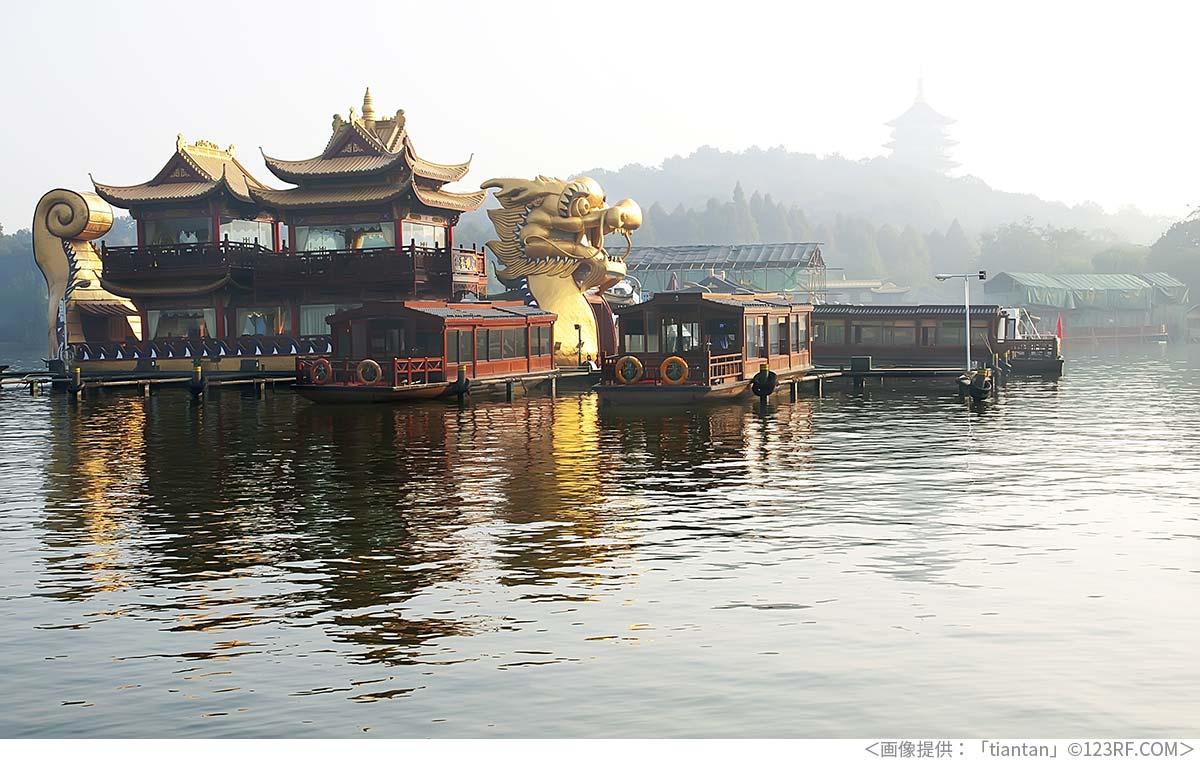 観光用のドラゴンボート