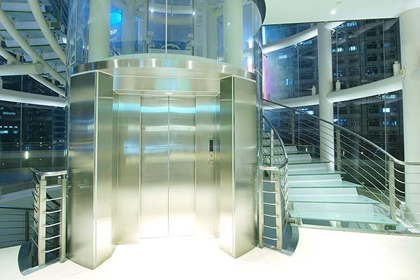 中国語会話-エレベーター